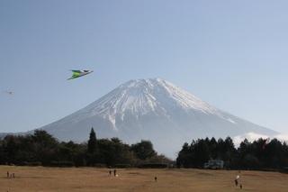 巨大凧がまう富士宮市IMG_3470.jpg