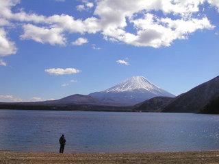 本栖湖からの富士山.jpg