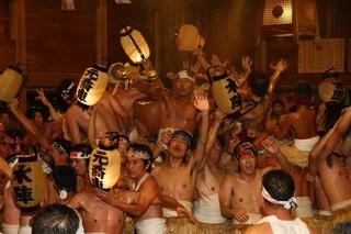 磐田市 裸祭.jpg